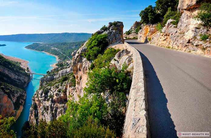 Критская дорога