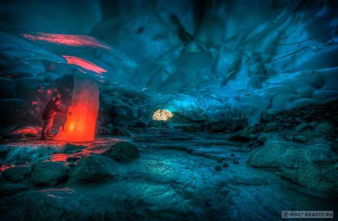 Прекрасные места планеты: Ледяные пещеры Менденхолла