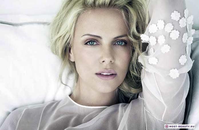 Популярные и красивые блондинки мира: Шарлиз Терон