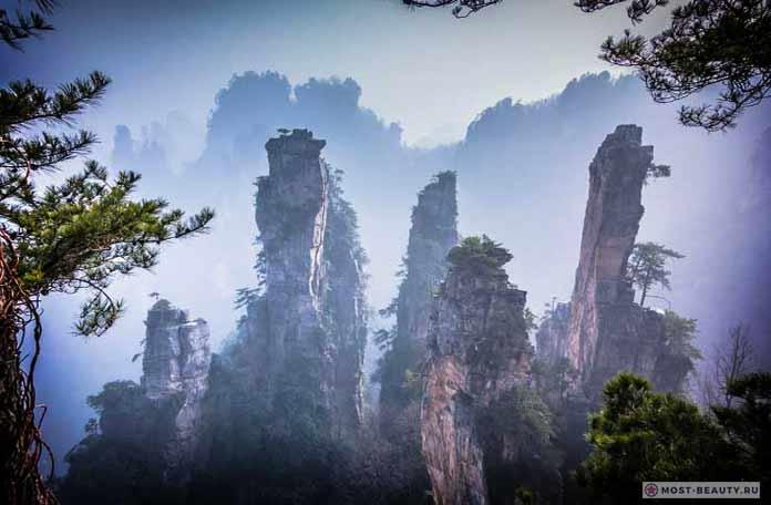 Парящие скалы Улинъюань