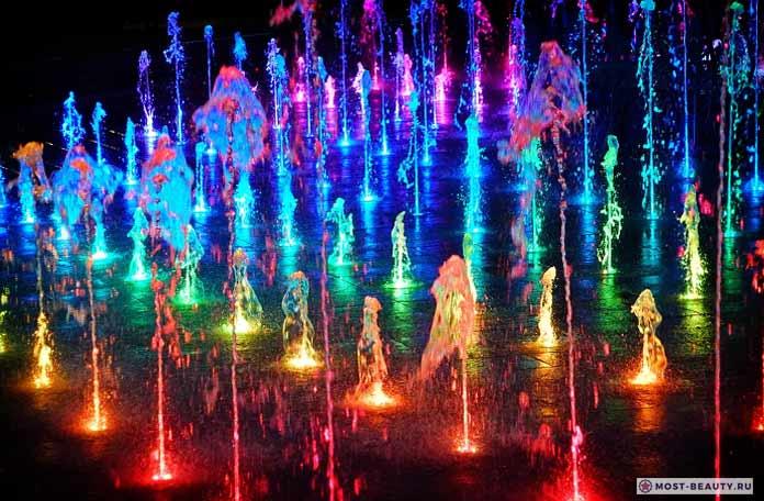 Цветные фонтаны в Люблине