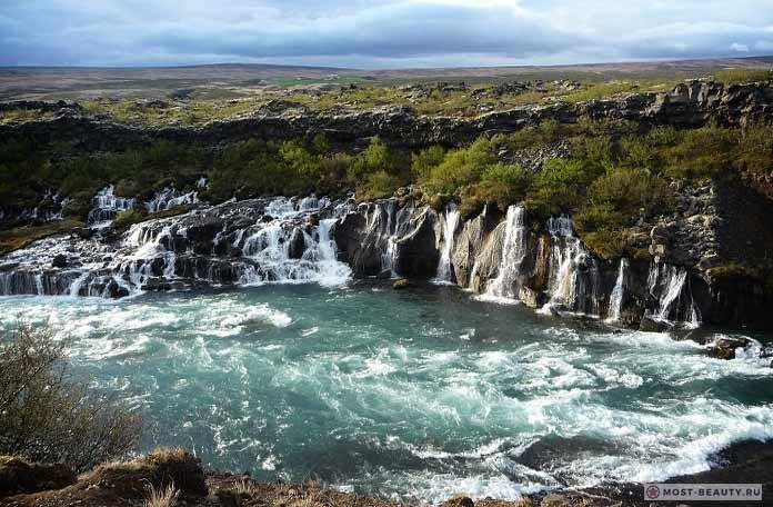 Самые красивые места Исландии: Хрёйнфоссар (Hryojnfossar) CC0