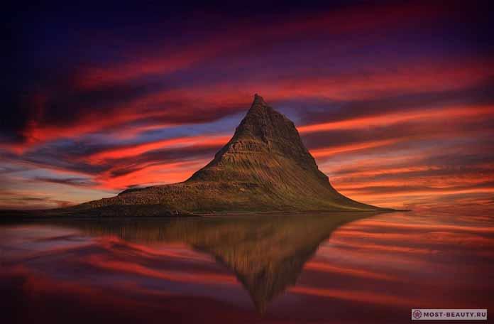 Красивые места Исландии: Киркьюфетль CC0