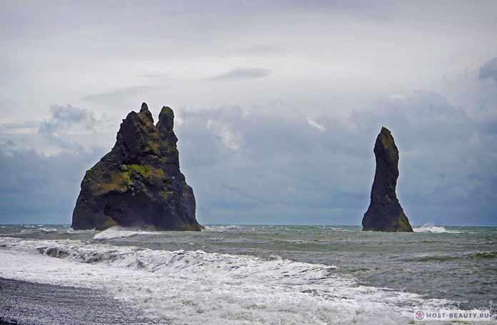 Красивые места Исландии: Несокрушимый Reynisdragnar CC0.