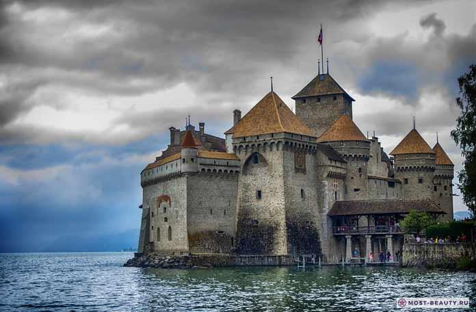 Шильонский замок. Самые красивые замки мира