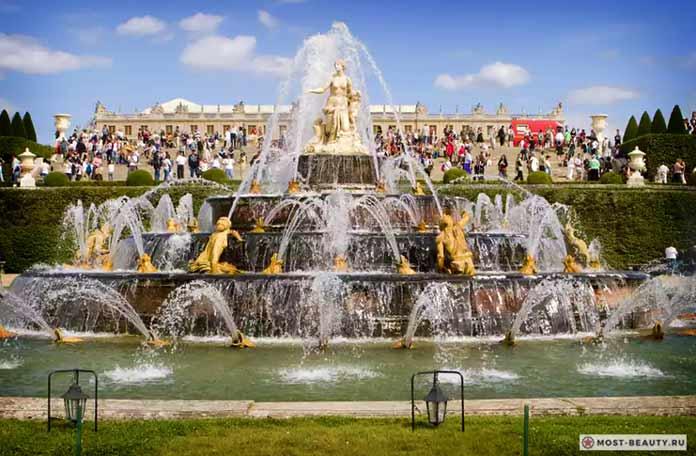 фонтан в Версале CC0