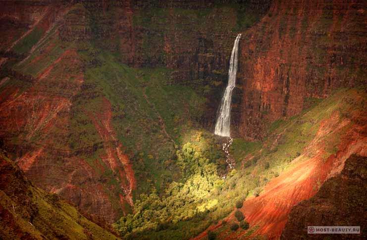 Водопад Вайпоо