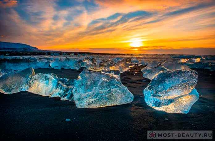 Красивые места Исландии: Закат над ледяной лагуной Йокюльсадлон