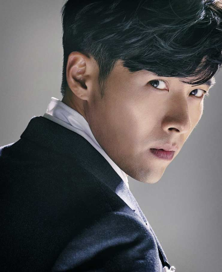 Самые красивые корейские актёры: Хён Бин (Hyun Bin)