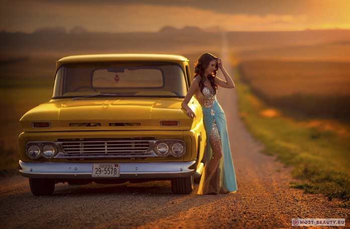 Авто и девушка