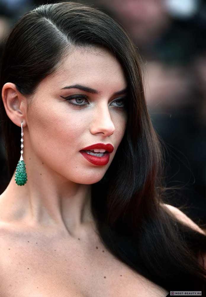 Самые красивые бразильянки: Adriana Lima