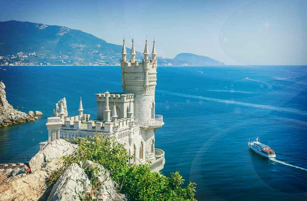 Где лучше отдыхать в Крыму летом (с детьми и без них)