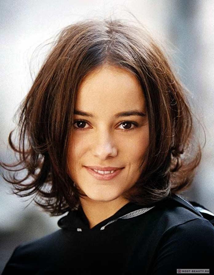 Очень красивые певицы: Ализе Жакоте