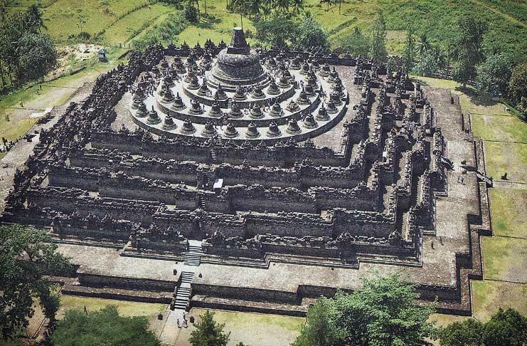 Пирамида Боробудур