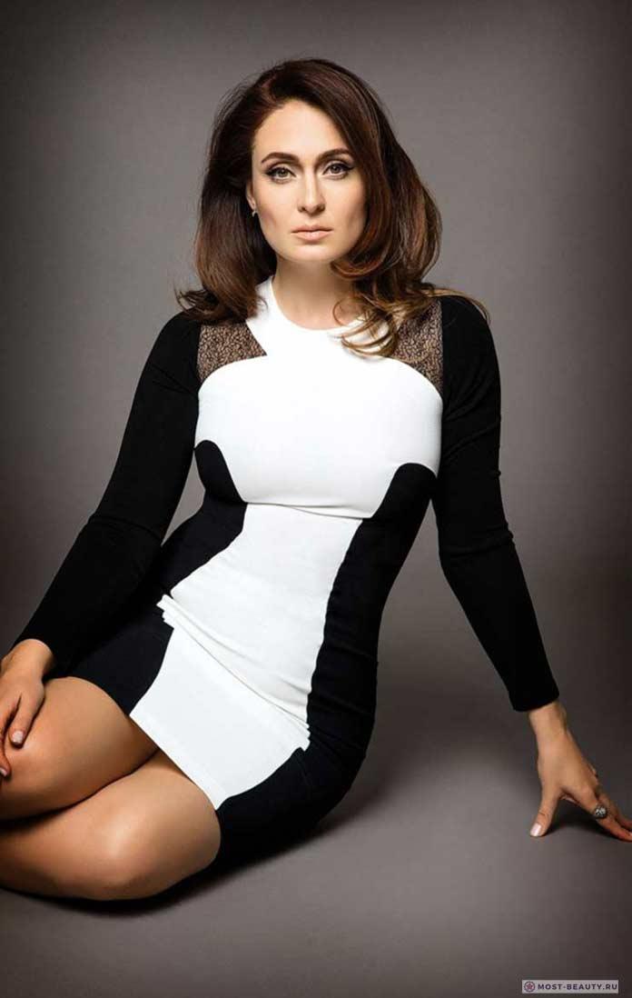 Самые красивые турецкие актрисы: Джейда Дювенджи