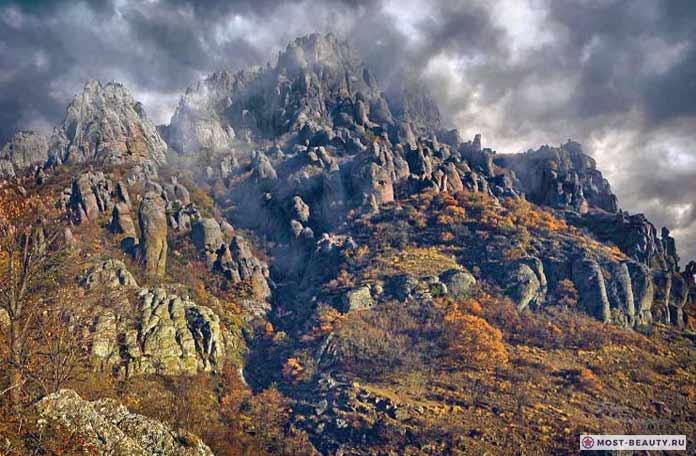 Красивые места России: Долина привидений