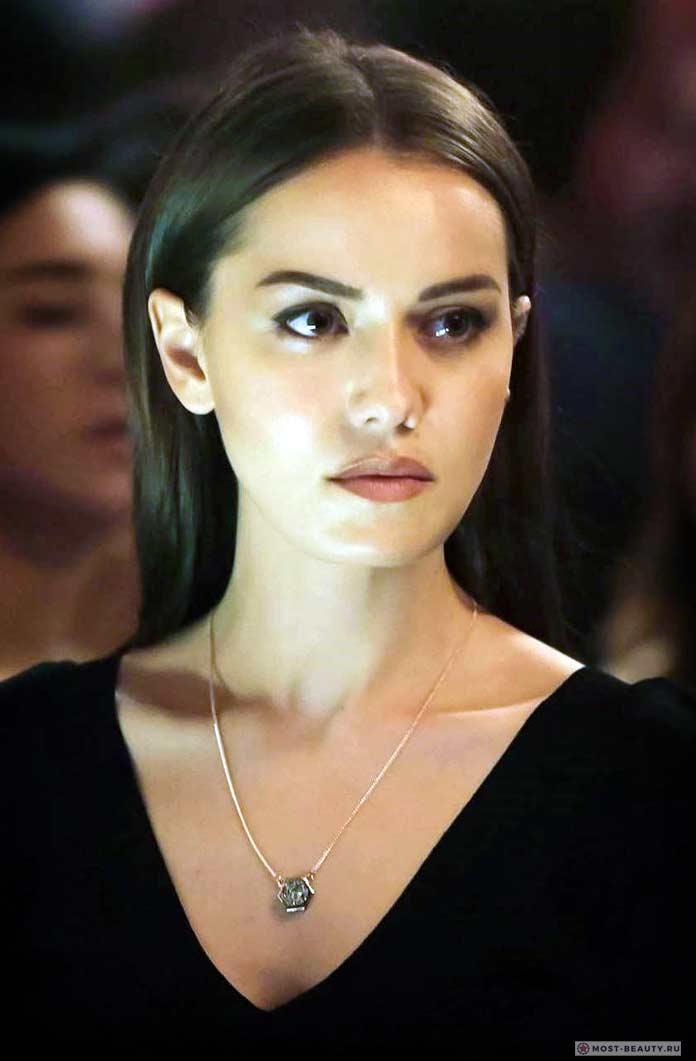 Самые красивые турецкие актрисы: Фахрие Эвджен