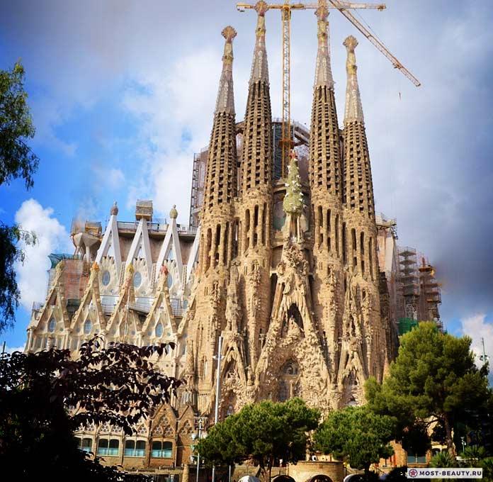 Храм Святого Семейства. Испания. CC0