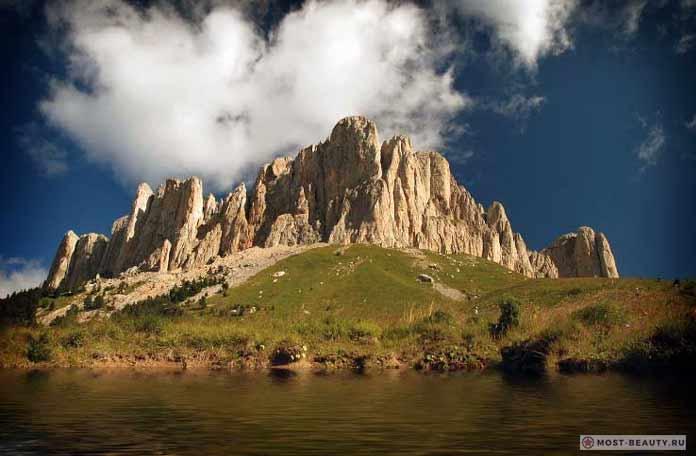 Вулкан Тхач