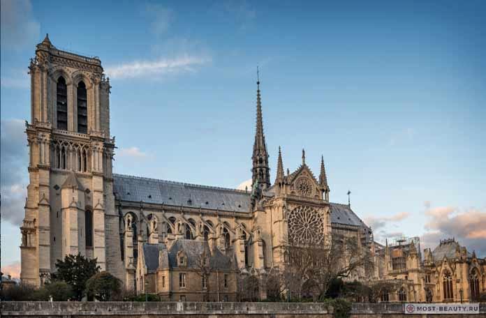 Самые красивые церкви: Нотр-дам. CC0