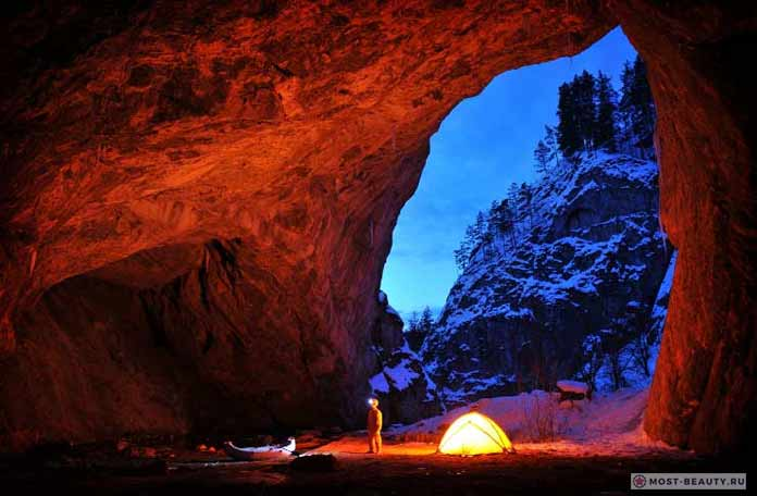 Самые красивые пещеры: Капова пещера