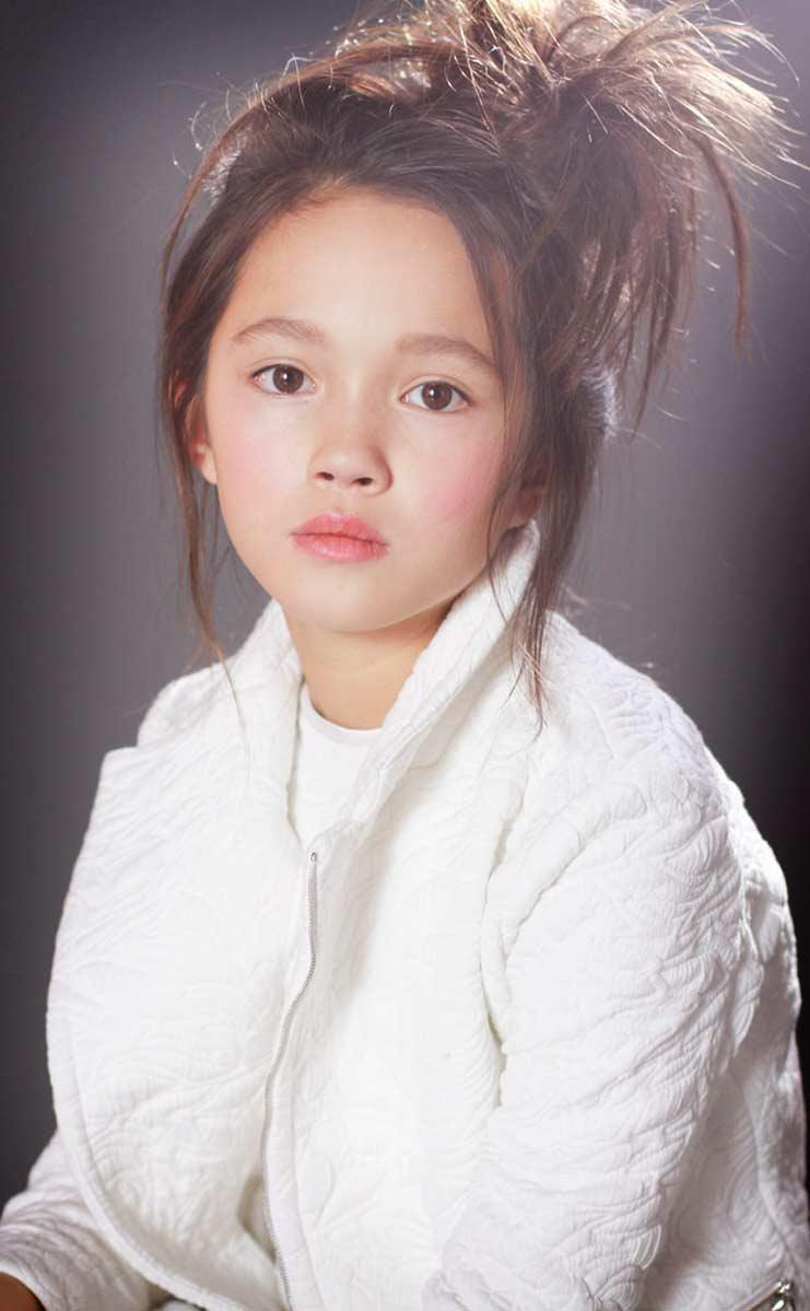 Лили Чи