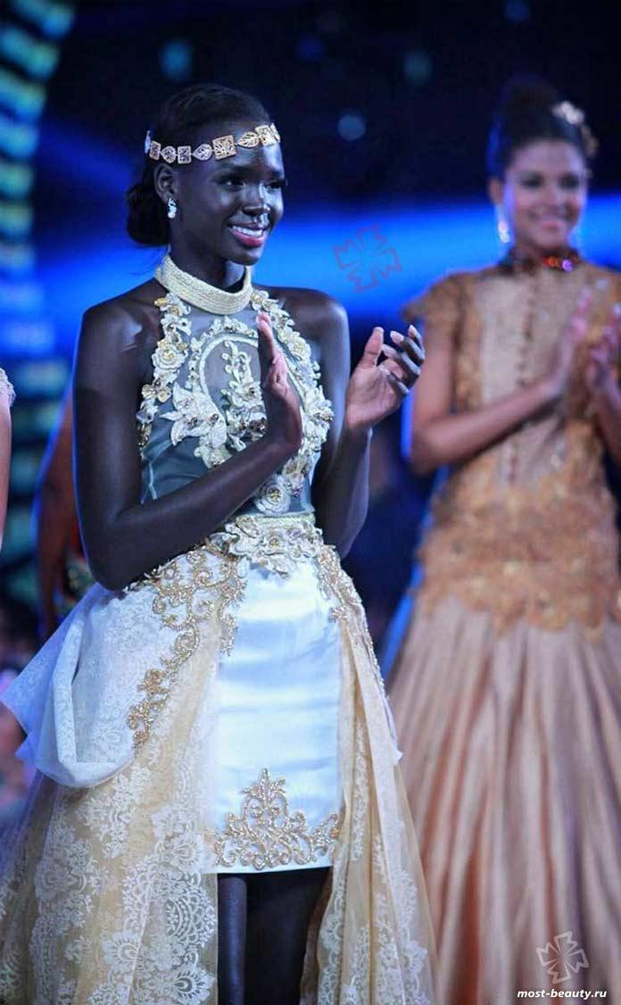 Красивые негритянки: Мануэла Могга Матонг