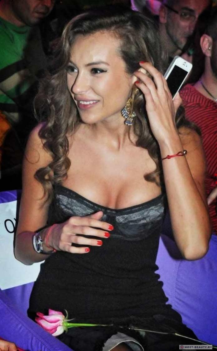 Красивые девушки Болгарии: Николь Станкулова