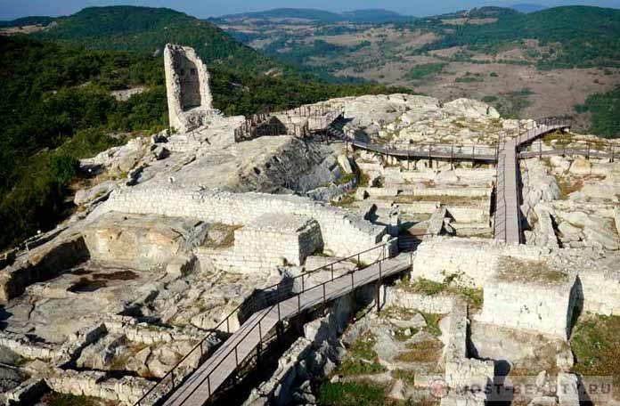 Лучшие достопримечательности Болгарии: Перперикон