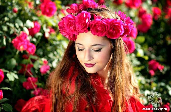 Розы - одни из самых красивых цветов для сада. СС0
