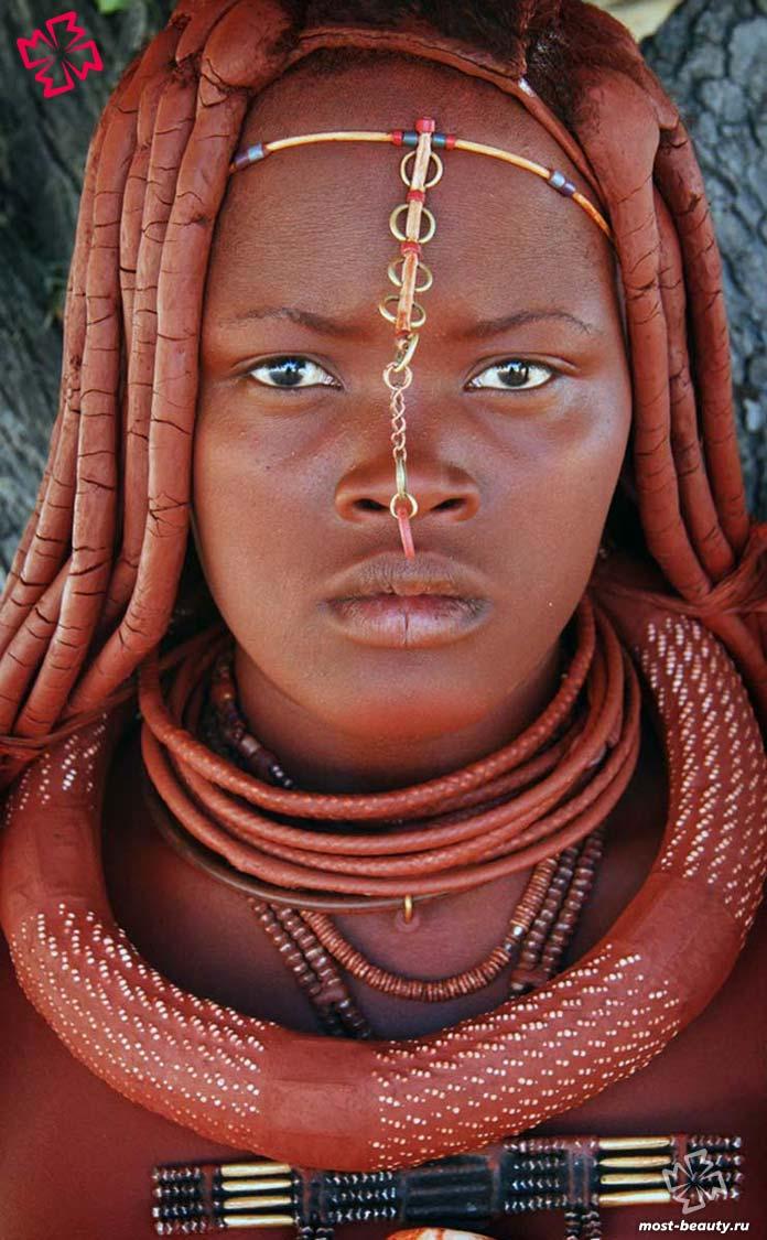 Красивая африканка их племени химба
