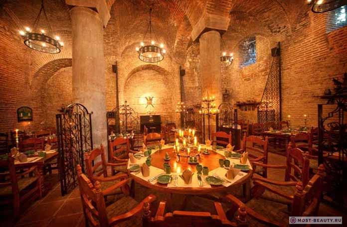 Самые красивые рестораны: sarnic restaurant