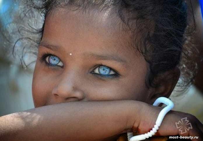 Девочка африканского племени