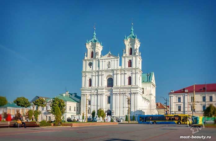 Невероятно красивые места Беларуси: Кафедральный собор