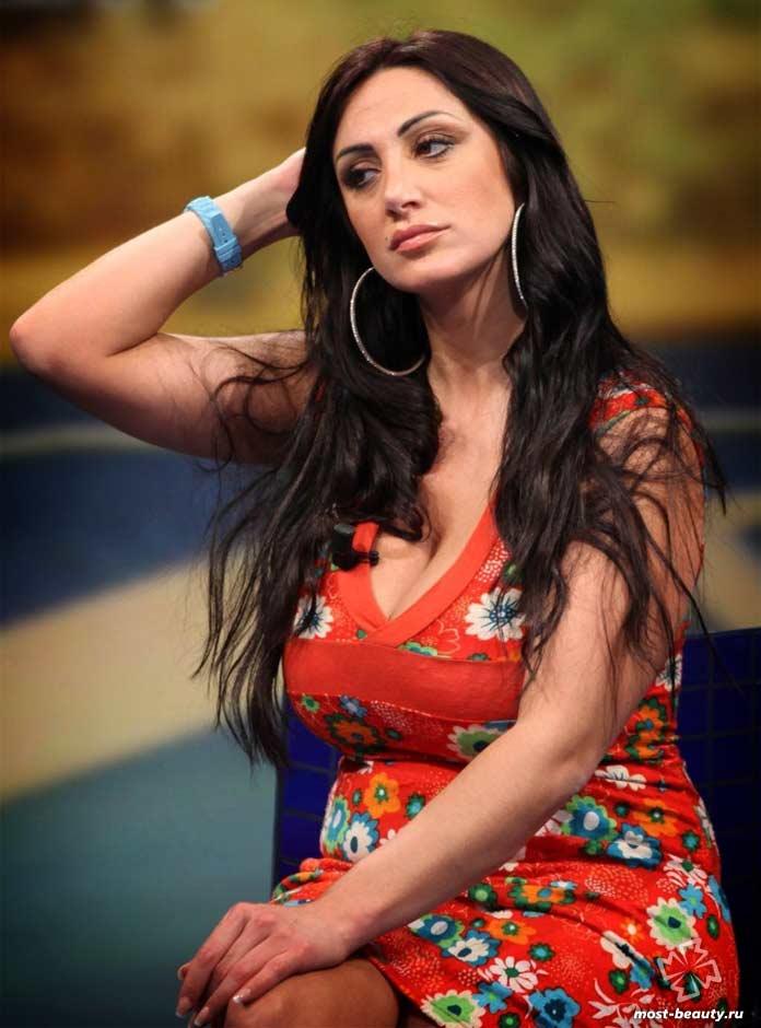 Невероятно красивые телеведущие: Марика Фрусцио