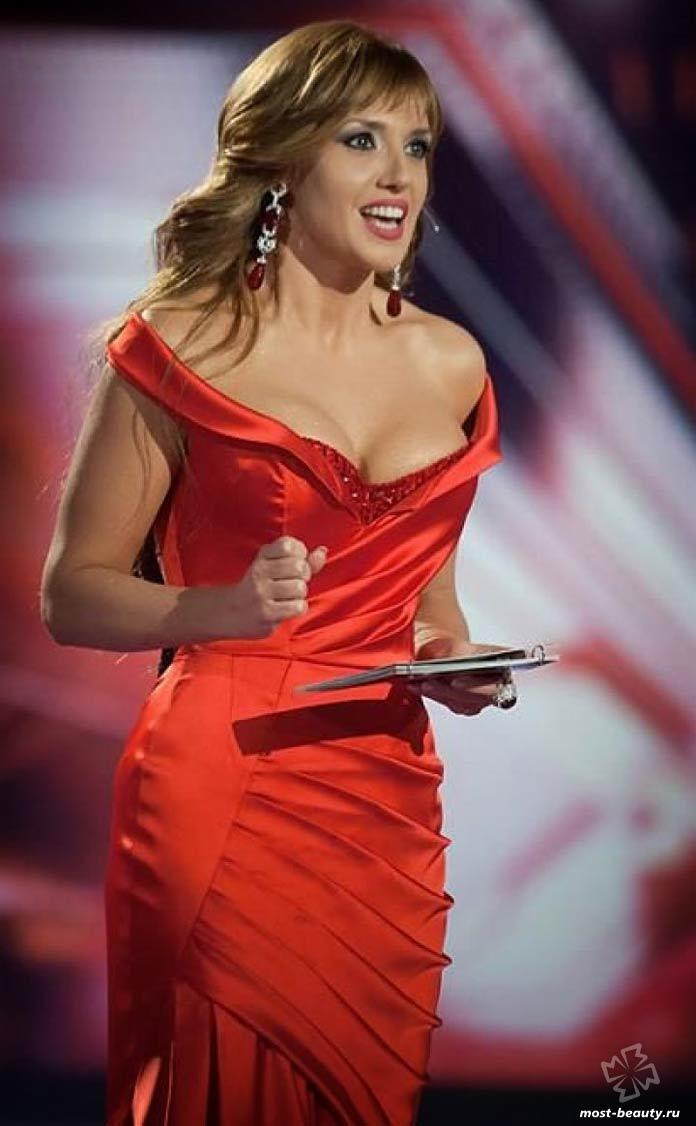 Самые красивые телеведущие: Оксана Марченко