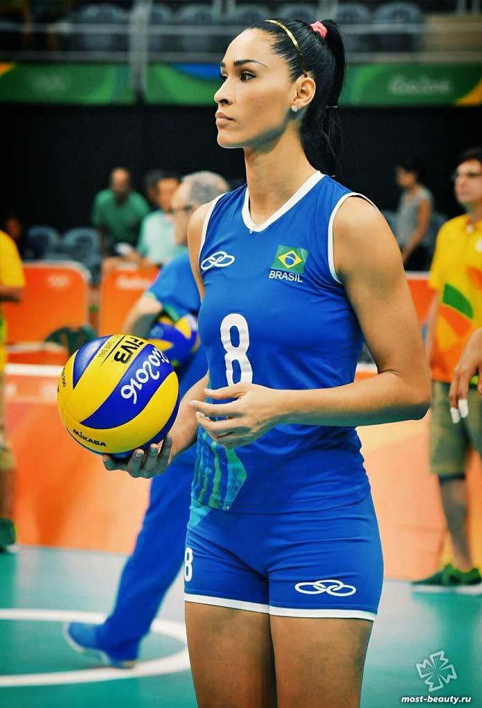 Список самых привлекательных волейболисток: Жаклин Карвальо