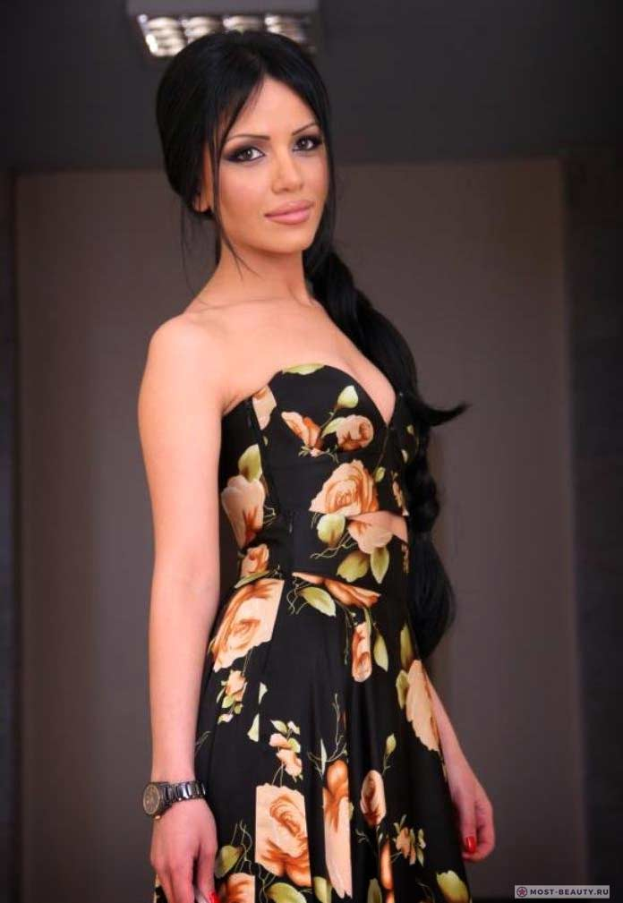 Самые красивые армянки: Анаит Симонян