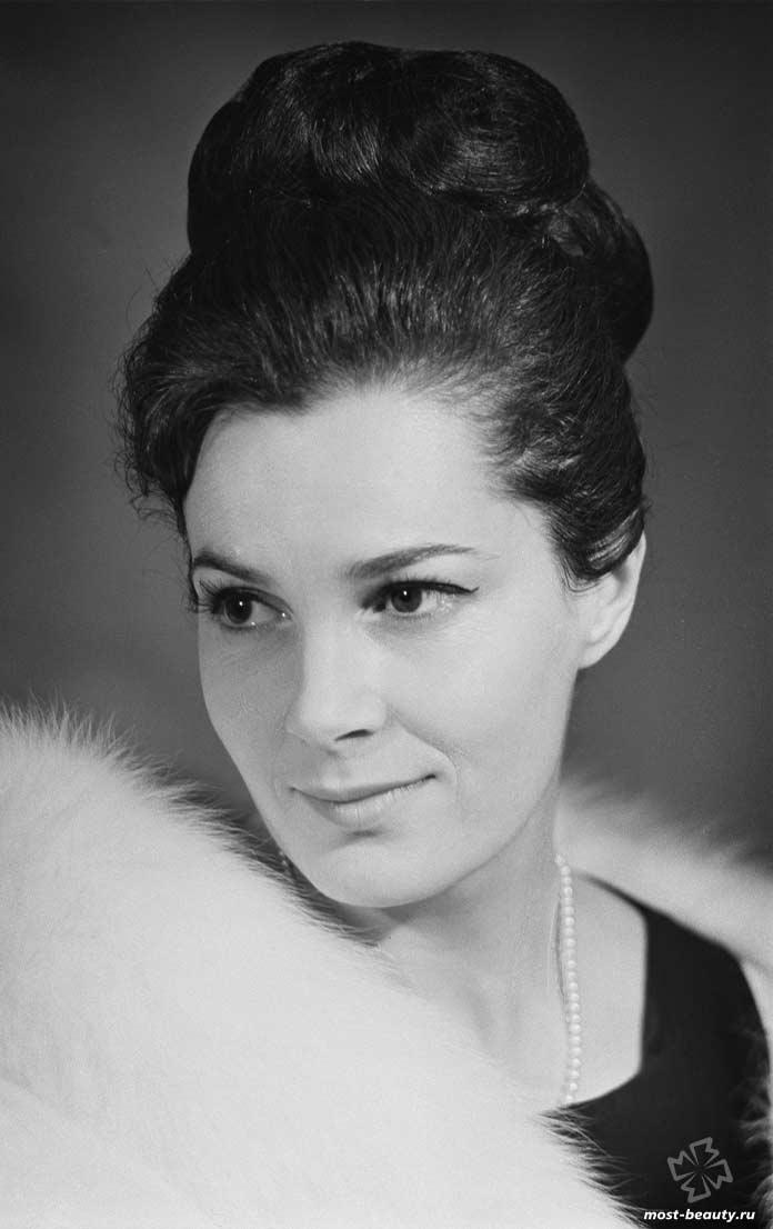 красивые актрисы СССР: Элина Быстрицкая