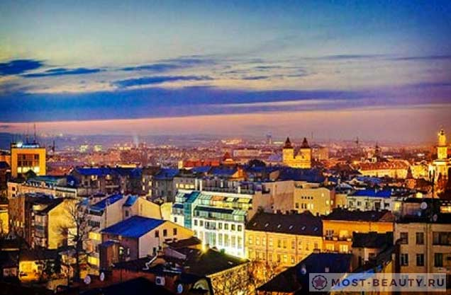 На фото: город Косов