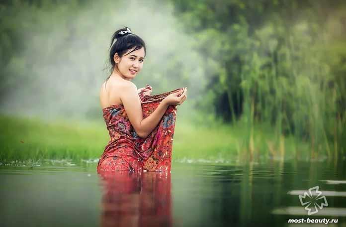 Красивая азиатка. CC0