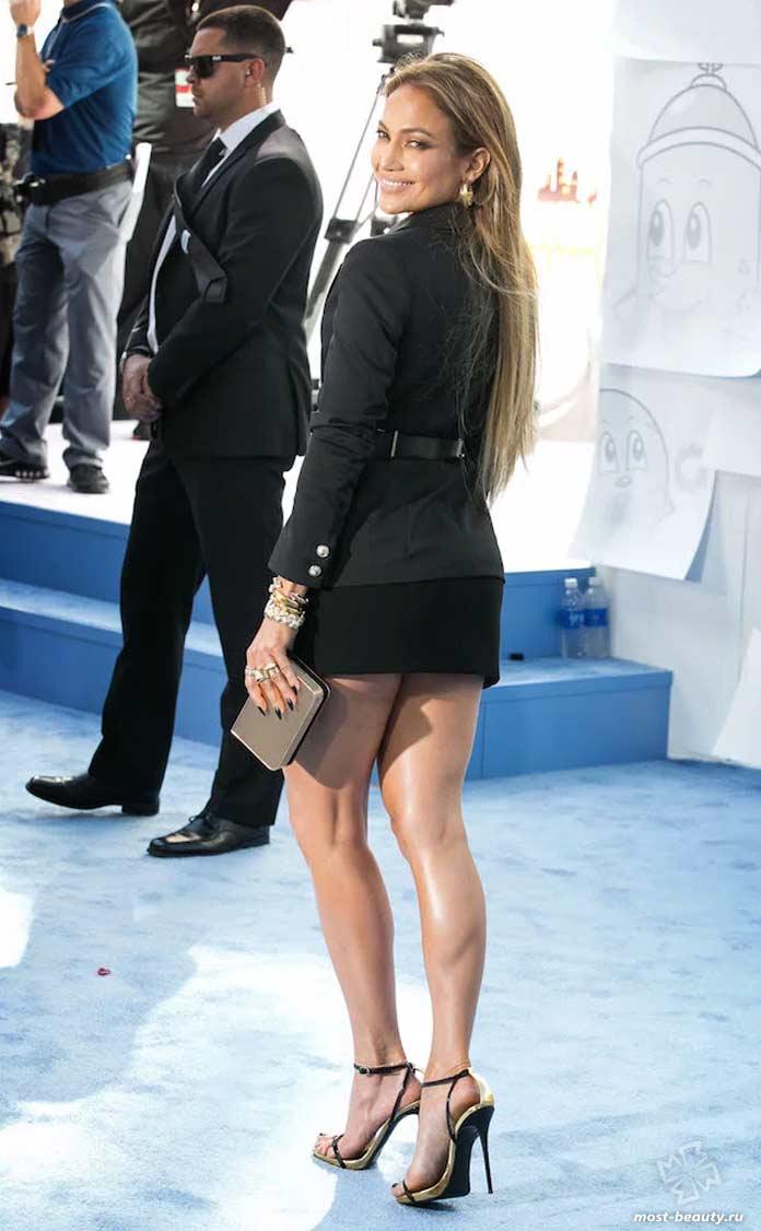 Красивые ножки Дженнифер Лопес
