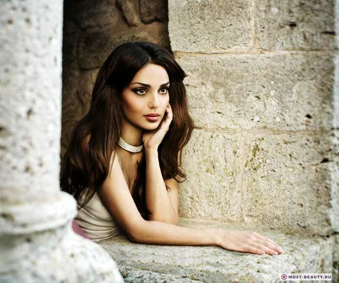 Самые красивые армянки: Самые красивые армянки: Диана Шнорхокян