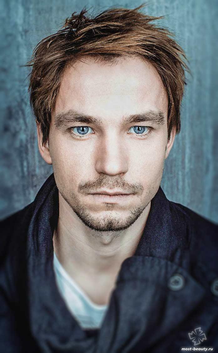Самые красивые актеры России: Александр Петров
