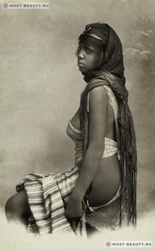 Фото темнокожей женщины