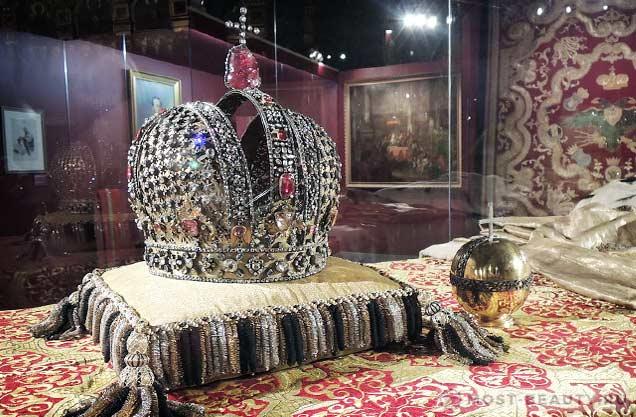 Корона Анны Иоанновны