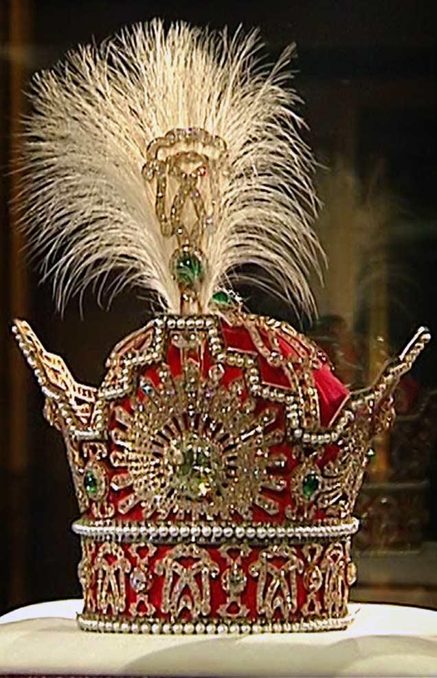 Корона Пехлеви