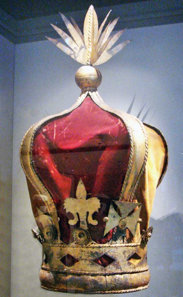 Корона Ранавалуны III