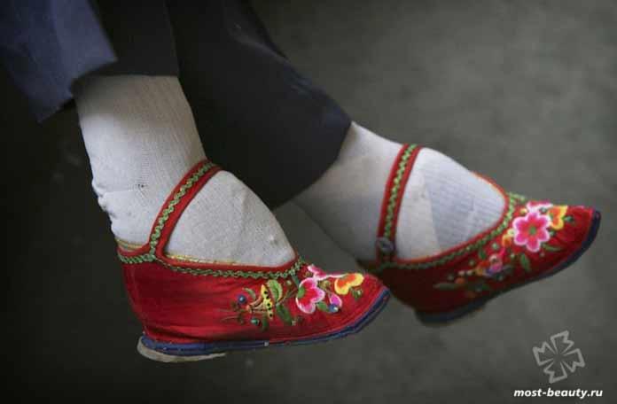Необычные модные идеи: Лотосовая ножка