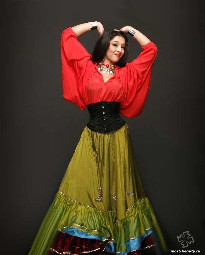 Очень красивые цыганки: Патрина Шаркози